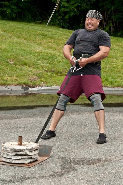 Fitness Revolution Strongman Challenge 2011_ERF4330.jpg