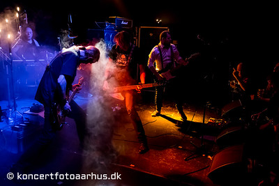 The Surfing Henchmen 31/01 2014