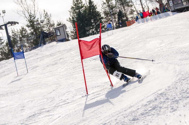 Standard-Races_2-7-15_Snow-Trails-136.jpg