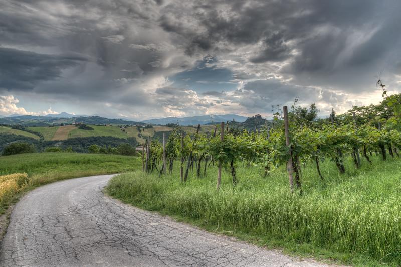 Via Grassano Basso - Grassano, San Polo d'Enza, Reggio Emilia, Italy - June 5, 2016