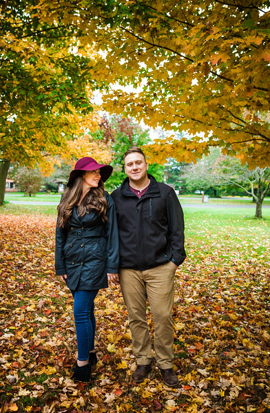 MIKE AND LAURA - NESHAMINY STATE PARK - 13.jpg