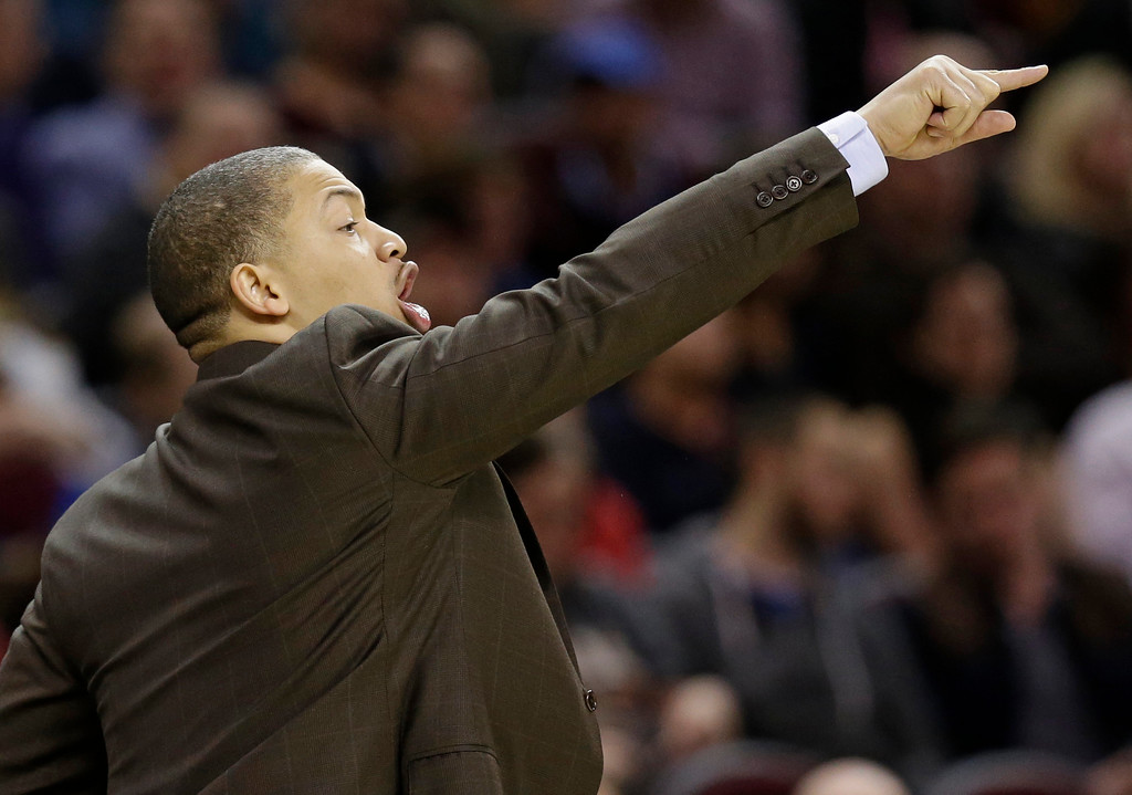 . Cleveland Cavaliers coach Tyronn Lue yells to players during the first half of the team\'s NBA basketball game against the Sacramento Kings, Wednesday, Jan. 25, 2017, in Cleveland. The Kings won 116-112 in overtime. (AP Photo/Tony Dejak)