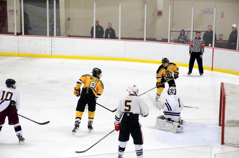 141004 Jr. Bruins vs. Boston Bulldogs-142.JPG