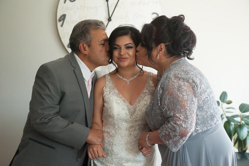 Estefany + Omar wedding photography-107.jpg