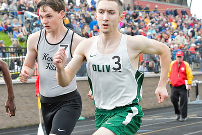 Boys' 800 Meters - 2019 MHSAA LP D2 T&F