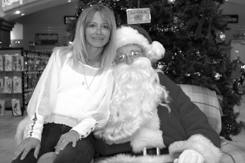 2013 Santa visits J&P Cycles Florida Superstore (36).JPG