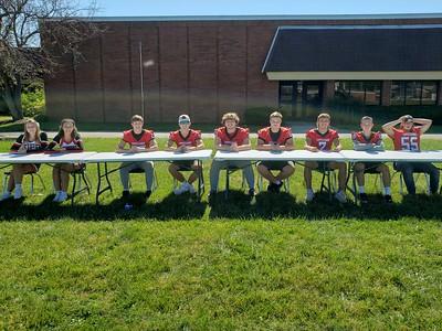 LT Senior Football Players and Cheerleaders