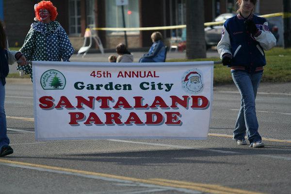 Garden City Santa Parade