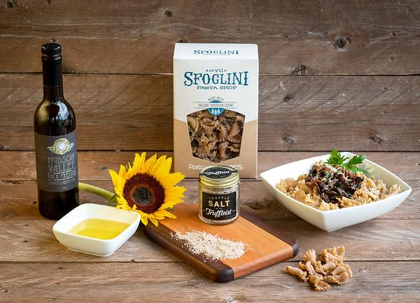 Porcini pasta - cutting board - sunflower oil - chocolates