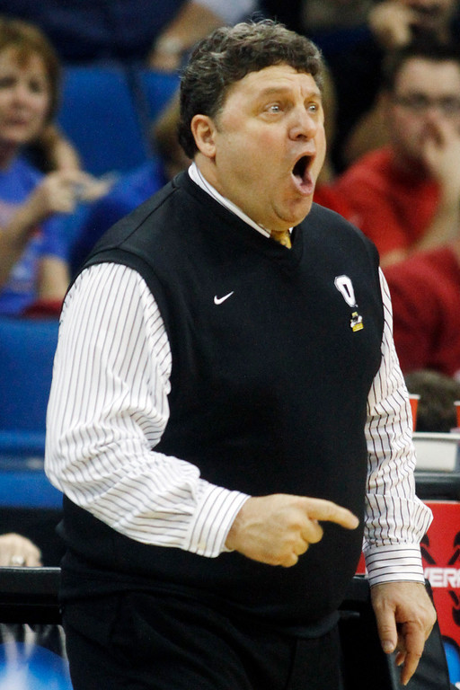. Oakland, Mich. head coach Greg Kampe reacts to action against Texas in the first half of a West Regional NCAA tournament second round college basketball game, Friday, March 18, 2011 in Tulsa, Okla. (AP Photo)