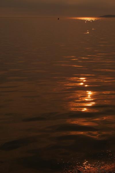 Deception Pass Boat with water splash.JPG