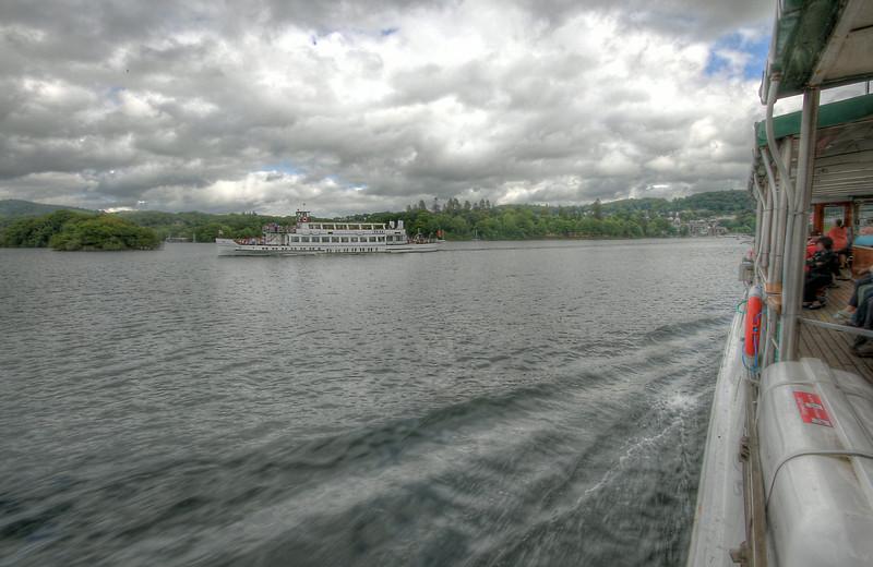 passing ships HDR C&S.jpg