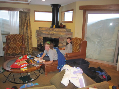2011_Wolfpack_Ridge Skiing
