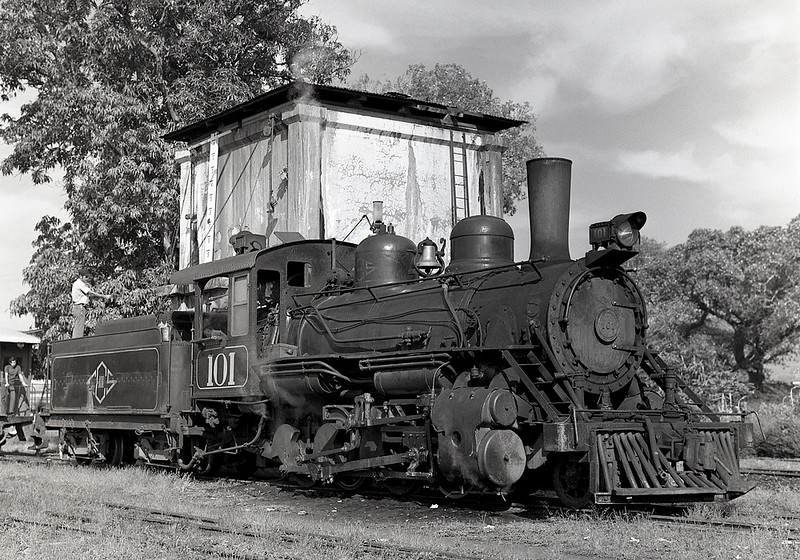 Another ex-IRCA engine acquired by the FES.  The 101 survives in the railway museum located in San Salvador.