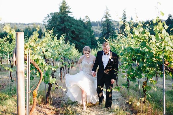 Julia & Evan | BeckenRidge Vineyard
