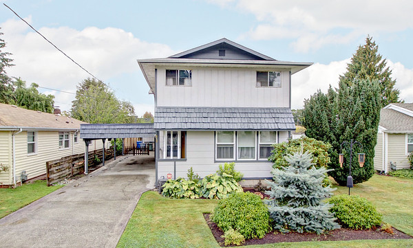 419 13th St SW, Puyallup