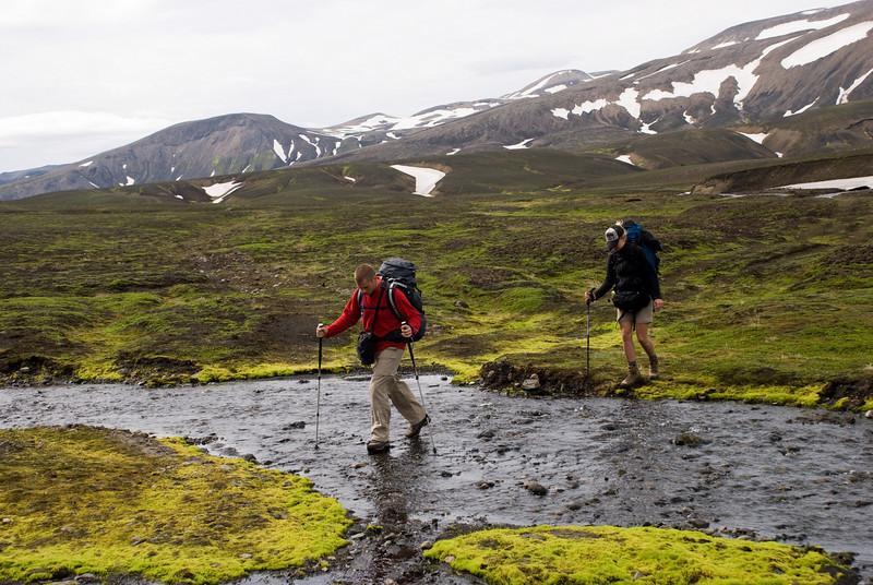Labbað á vatni. Pierre og Ragnheiður