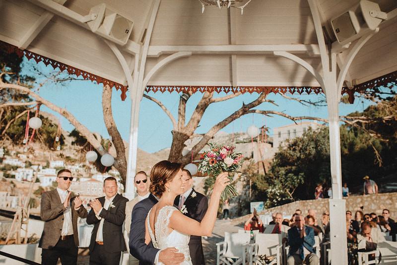 Tu-Nguyen-Wedding-Photography-Hochzeitsfotograf-Destination-Hydra-Island-Beach-Greece-Wedding-115.jpg