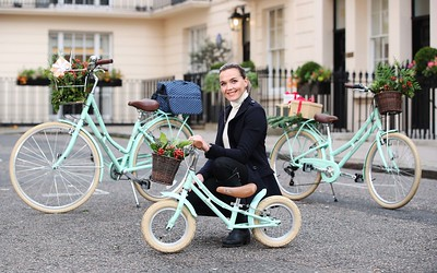 03/10/19 - Halfords - Victoria Pendleton launches matching bikes for children and parents.