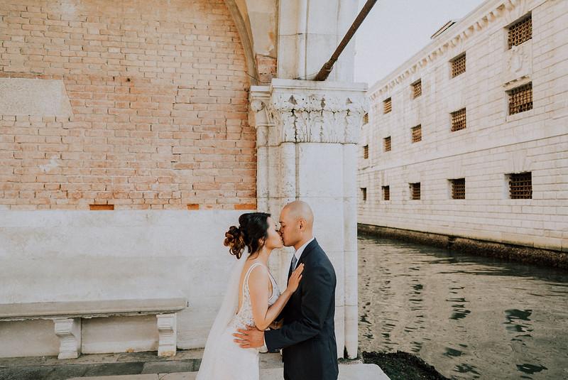 Tu-Nguyen-Destination-Wedding-Photographer-Dolomites-Venice-Elopement-242.jpg