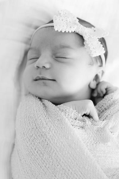 Mila Newborn-130.jpg