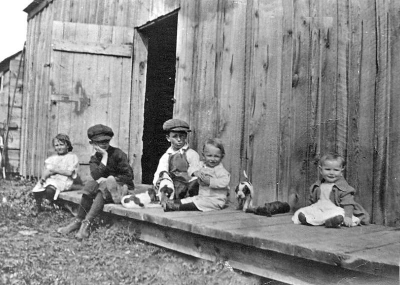 Five Kids Unidentified near Barn.jpg