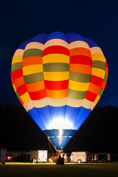 Hot Air Balloon Solo Glow 2016.jpg