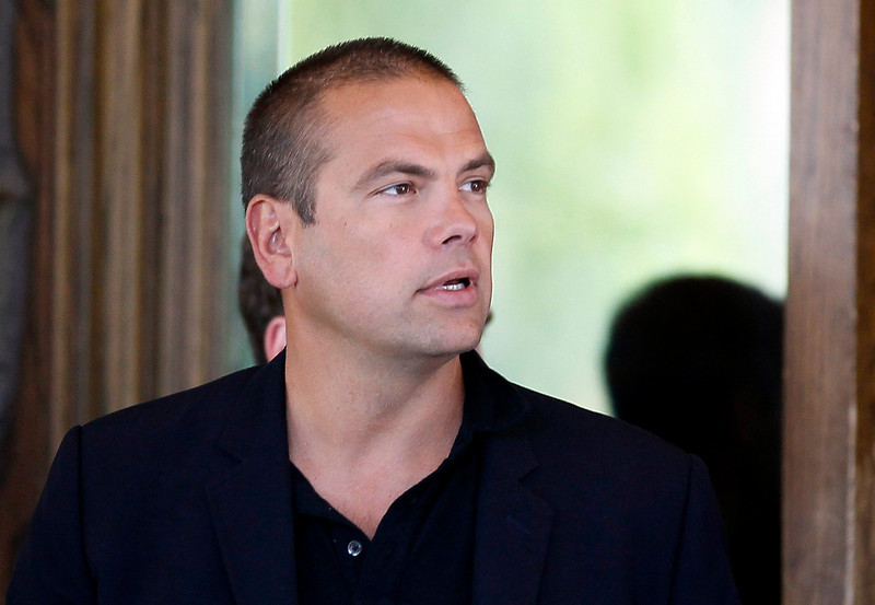 . Lachlan Murdoch, son of Rupert Murdoch, CEO of News Corp. and 20th Century Fox arrives for the annual Allen and Co. Conference at the Sun Valley, Idaho Resort  July 9, 2013.  British lawmakers said on Tuesday they would recall media mogul Rupert Murdoch to clarify evidence he gave to them last year after he was secretly recorded belittling a police inquiry into alleged crimes committed by journalists on his papers. REUTERS/Rick Wilking
