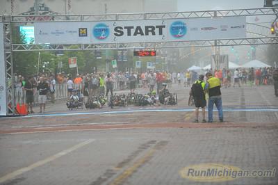 Handcycle Start - 2014 HealthPlus Crim Festival of Races