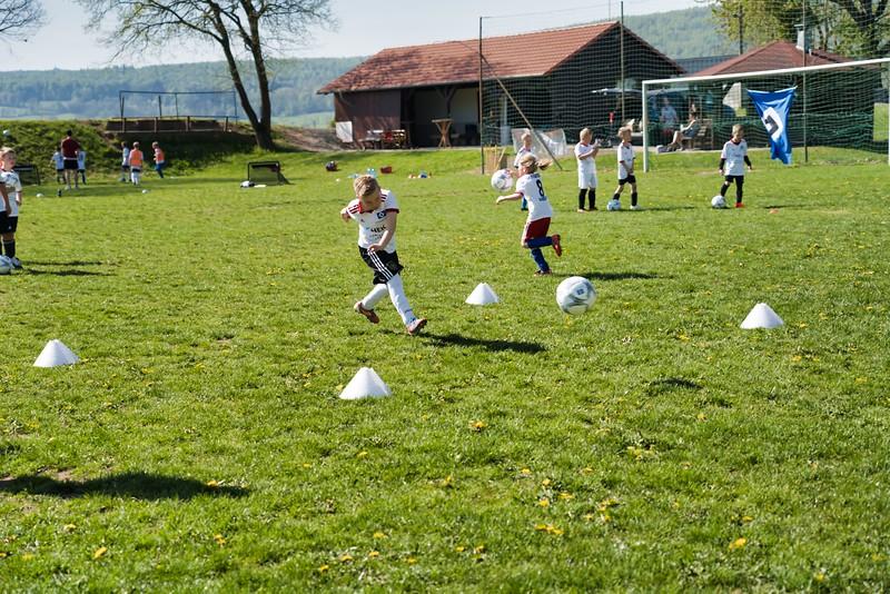 hsv-fussballschule---wochendendcamp-hannm-am-22-und-23042019-w-47_46814456465_o.jpg