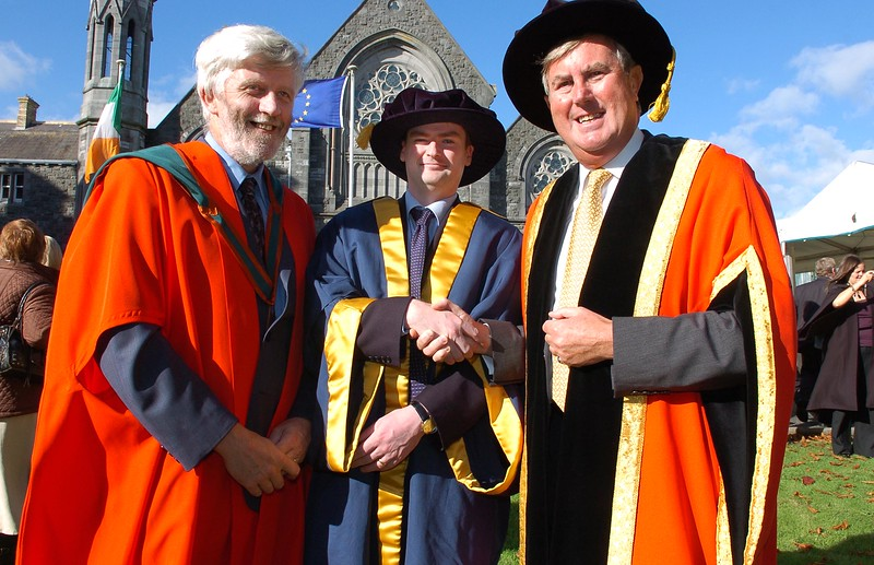 Provision 251006 Dr. Paul O'Kelly (centre), from Bray in Co. Wicklow was conferred with his Doctorate from WIT on Thursday 26th October.  He's pictured with his supervisor (left) and Dr. Redmond O'Donoghue (Chairman). PIC Bernie Keating/Provision