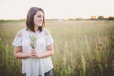 Mikayla | West Bend Senior Photography