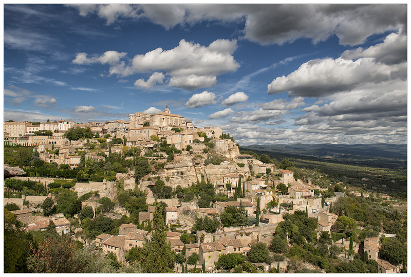 Classic view of Gordes