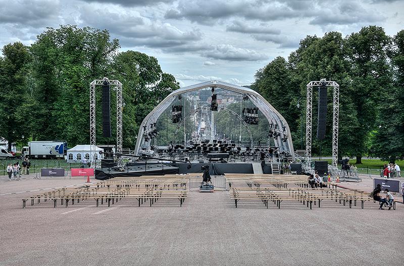 Royal  Concert  Stage