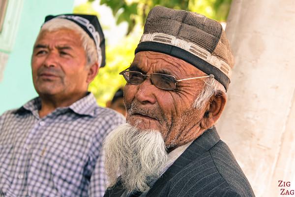 Portrait Kyrgyzstan: men in Arslanbob 1