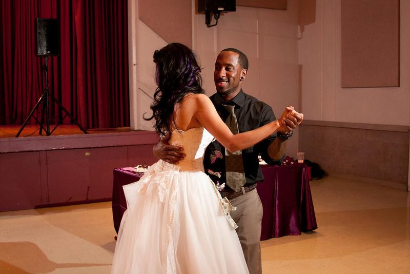 2011-11-11-Servante-Wedding-650.JPG