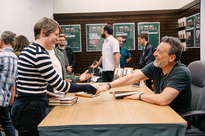 2019_2_28_TWOTW_BookSigning_SP_271.jpg