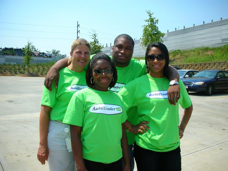 R4 Community Service - Atlanta Community Food Bank 001.jpg