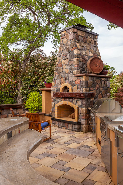 Chico Commercial Photography-Outdoor-bar-and-kitchen-with-fire-place.jpg