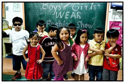 Senior Casa 1 Identifying Boys and Girls Wear Activity 2013