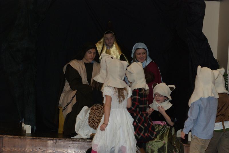 2013-12-22-Christmas-Pageant_380.jpg