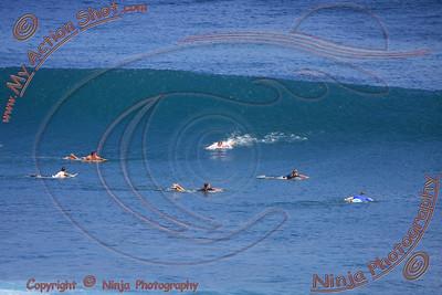2008_06_30 - Surfing Uluwatu, BALI - Kurt