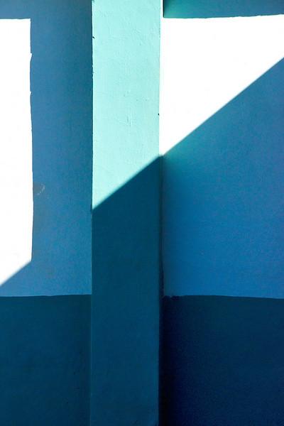Cuba clean shadows 6095 .jpg