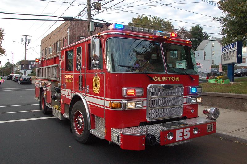 Clifton 44  10-22-18.JPG