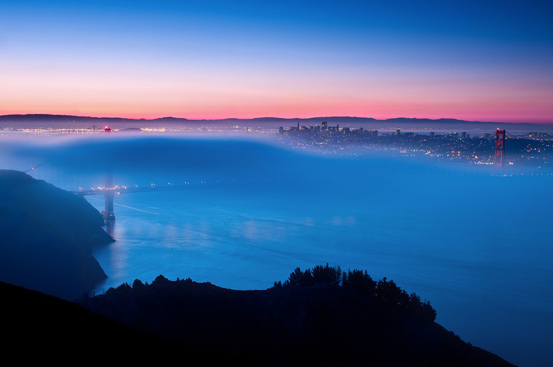 GGB Foggy Sunrise (2011-09-18)