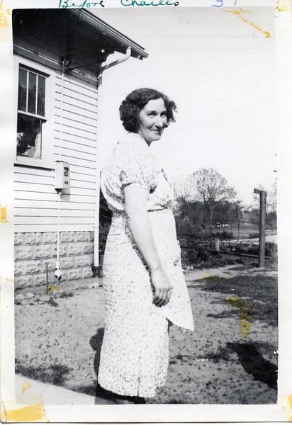 Grandma 1941 before Charles.jpg