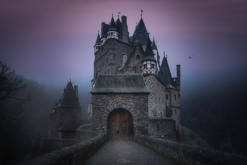 burg-eltz-web-sharp.jpg
