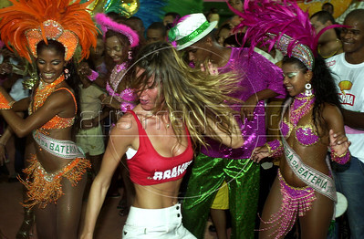 Gisele Bundchen at Mangueira samba school