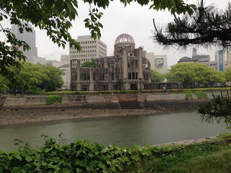 Hiroshima - Leslie Rowley S95