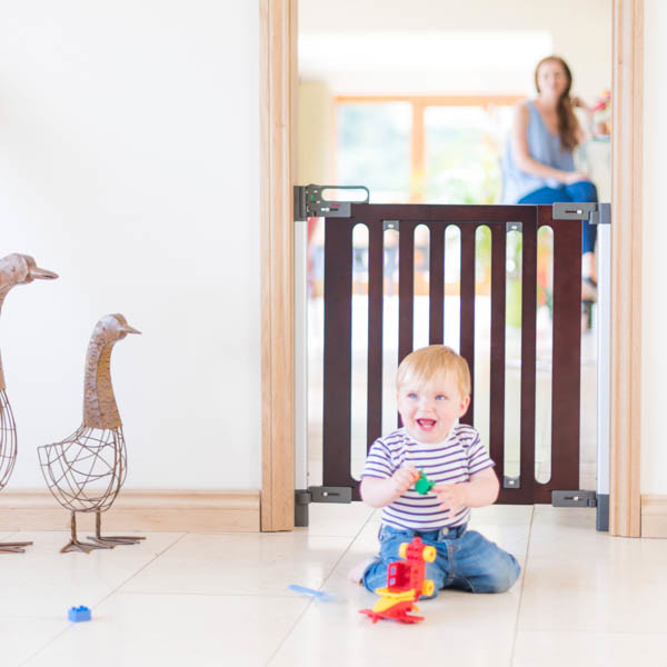 Fred_Stairgates_Screw_Fit_Wooden_Gate_Lifestyle_baby_laughing.jpg
